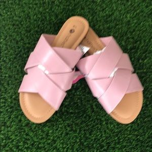 NWT Chatties pink and tan slip on sandals.